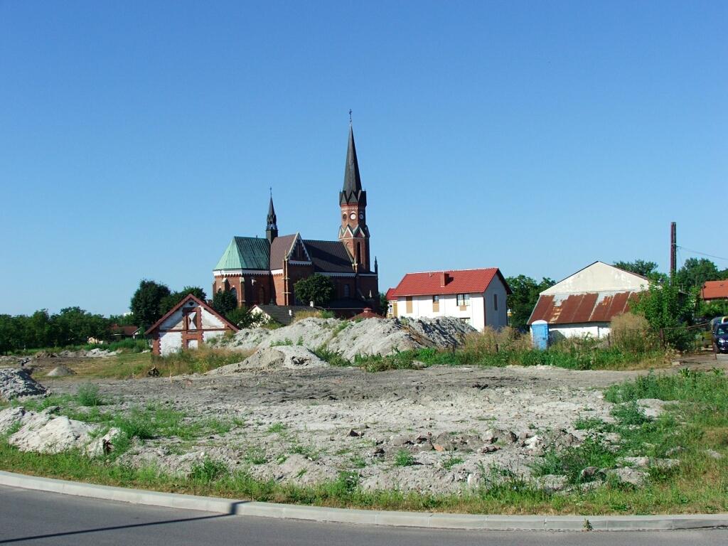 Budowa parkingu przy kościele parafialnym w Rozwadowie